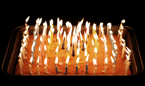 FELIZ CUMPLE ALMA ERRANTE Pastel-100-velas