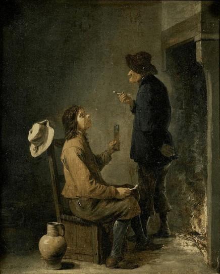 Dos hombres fumando y bebiendo ante una chimenea